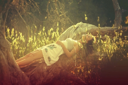 beauty-flowers-forest-girl-lying-Favim.com-132628